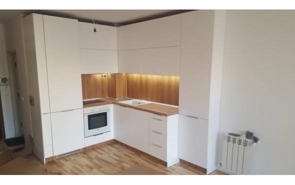 Кухня по индивидуален проект Фара 28 МДФ бял мат