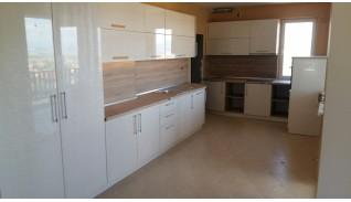 Кухня по индивидуален проект Фара 11 със заоблени врати
