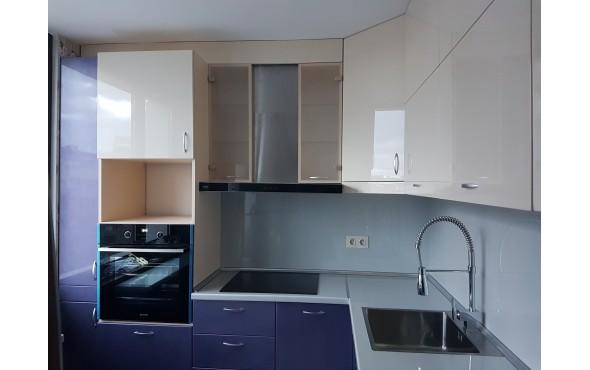Кухня по индивидуален проект Фара 24 МДФ боя перла