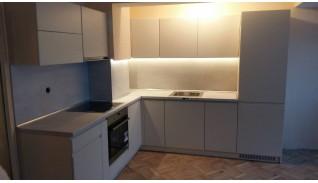Кухня по индивидуален проект Фара 8 без дръжки