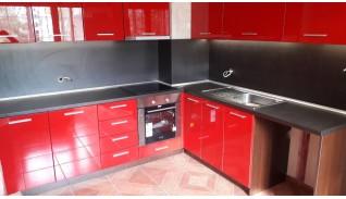 Кухня по индивидуален проект Фара 27 червен гланц