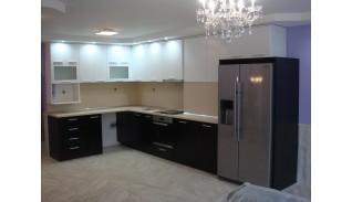 Ъглова кухня с комин Сена