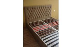 Тапицирано легло Мали